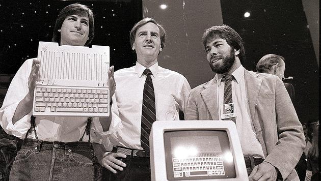 Steve Jobs, John Sculley, Steve Wozniak (Bild: AP)