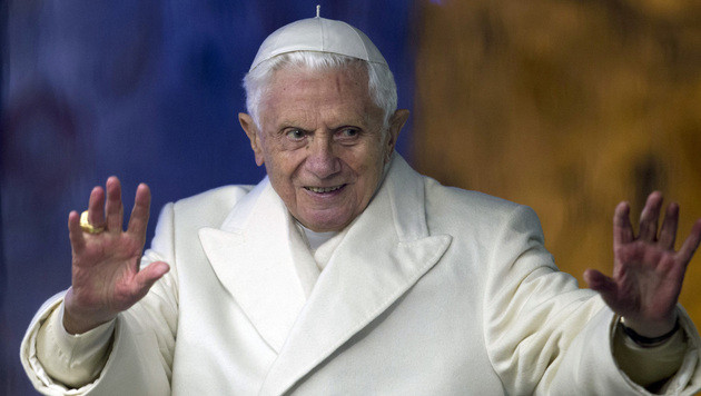 Papst Benedikt twittert k�nftig auch auf Latein (Bild: AP)
