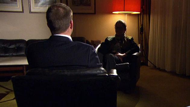 Monika R. beteuert in TV-Interview ihre Unschuld (Bild: Servus-TV)