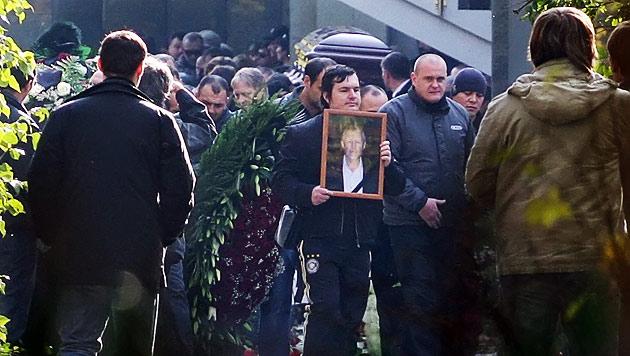Nach Mafiamord: Russen f�rchten Gangsterkrieg (Bild: EPA)