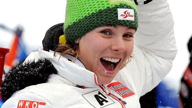 Nicole Schmidhofer überrascht mit Rang 2, Rebensburg siegt (Bild: AP)