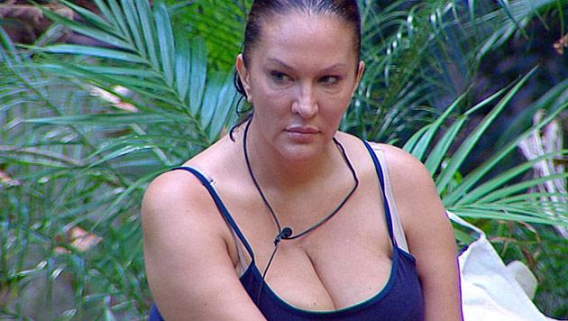 Allegra Curtis heult sich aus dem Dschungelcamp (Bild: RTL)