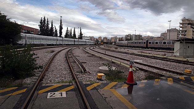 Chaos pur in Athen: U-Bahn steht seit sechs Tagen still (Bild: EPA)