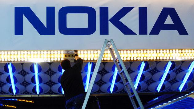 Nokias Marktanteil im Handybereich sinkt dramatisch (Bild: Michael Gottschalk/dapd)