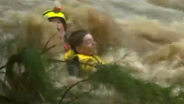 Australien: Bub aus reißenden Fluten gerettet (Bild: Zoom.in)