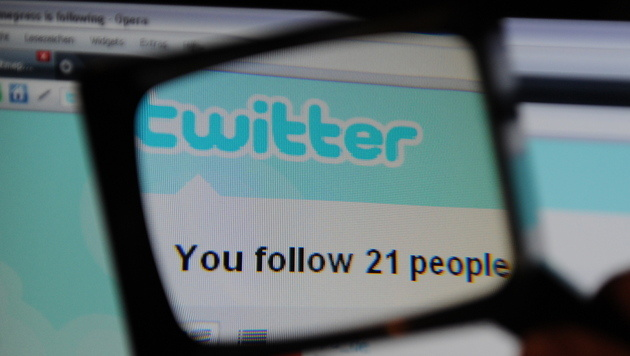 F: Twitter muss Absender illegaler Tweets verpfeifen (Bild: Marc Mueller/dapd)