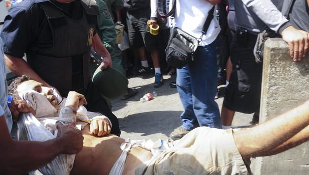 Dutzende Tote bei Gef�ngnismeuterei in Venezuela (Bild: EPA)