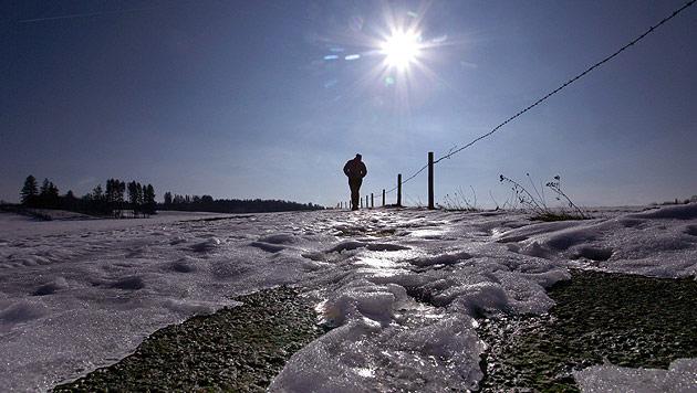Wetteraussichten: Auf Schneefall folgt Tauwetter (Bild: dpa/A3542 Karl-Josef Hildenbrand (Symbolbild))