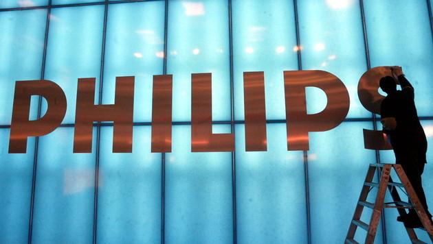 Preisabsprachen bei TVs: Philips droht Millionenstrafe (Bild: Johannes Eisele/dapd)