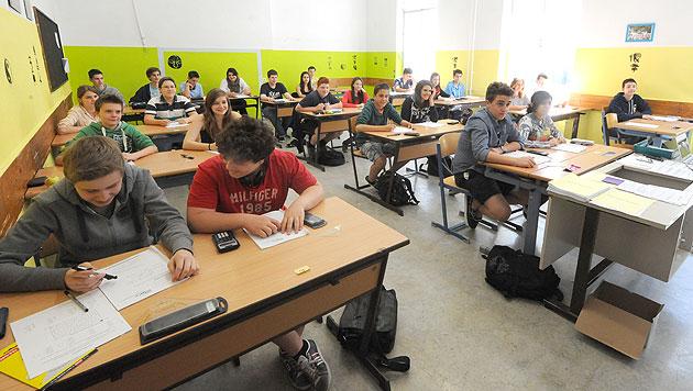 Schulratschefin vs. Schüler: Zoff wegen autonomer Tage (Bild: APA/HERBERT PFARRHOFER (Symbolbild))