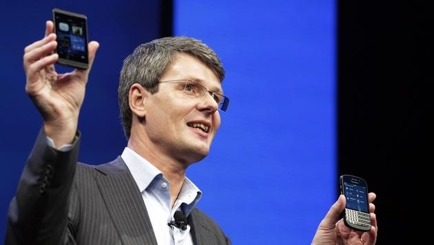 BlackBerry diskutiert jetzt Rückzug von der Börse (Bild: AP)