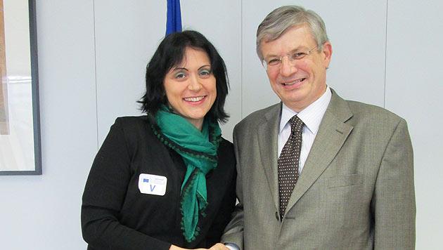 """""""Vier Pfoten"""" übergaben Petition an EU-Kommissar (Bild: Vier Pfoten)"""