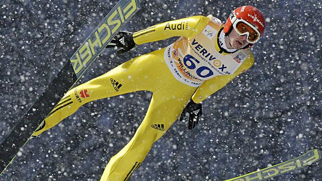 Alle ÖSV-Adler für Willingen-Springen qualifiziert (Bild: AP)