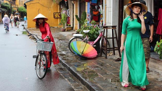 Mit dem Private Guide von Nord bis Süd durch Vietnam (Bild: Manfred Niederl)
