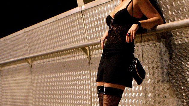 Sexsklavinnen vertrauten sich Polizei an - befreit (Bild: APA/HELMUT FOHRINGER)
