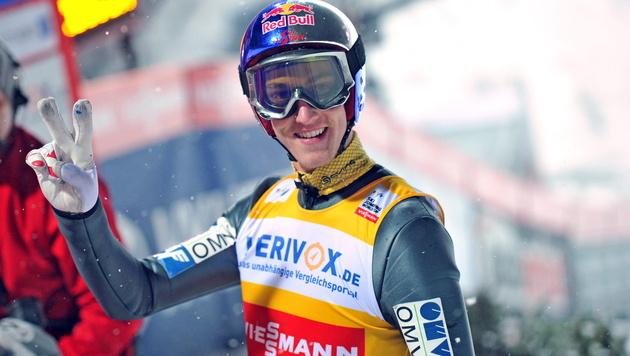 Österreich im Teambewerb hinter Norwegen Zweiter (Bild: EPA)