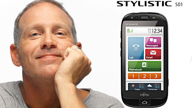 Fujitsu-Smartphone lässt Gegenüber langsam sprechen (Bild: Screenshot, fmworld.net)