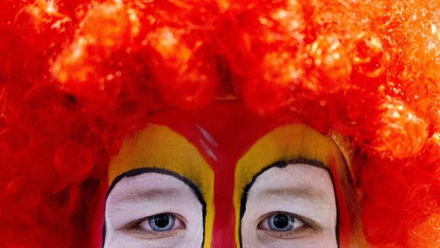 OÖ: Schwer verletzter Clown löste Rauferei aus (Bild: EPA (Symbolbild))
