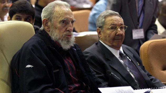 Fidel Castro übergab das Präsidentenamt 2008 aus gesundheitlichen Gründen an seinen Bruder Raúl. (Bild: AP)