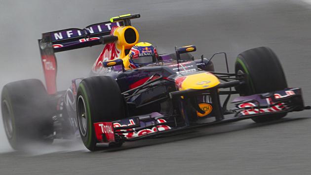 Webber sichert Red Bull die erste Test-Tagesbestzeit (Bild: EPA)