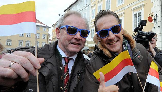 Geplante Fusion mit FPK könnte FPÖ im Wahljahr bremsen (Bild: APA/HERBERT NEUBAUER)