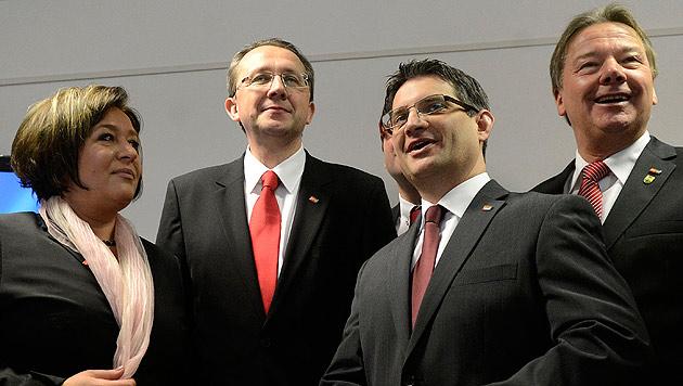 NÖ: Designierter SPÖ-Chef hat neues Team vorgestellt (Bild: APA/HELMUT FOHRINGER)