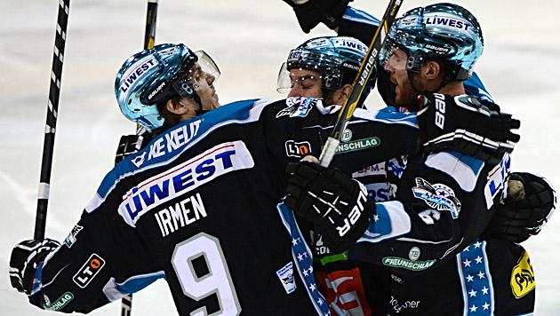 Black Wings Linz lösen Bozen als Spitzenreiter ab (Bild: APA/EXPA/REINHARD EISENBAUER)