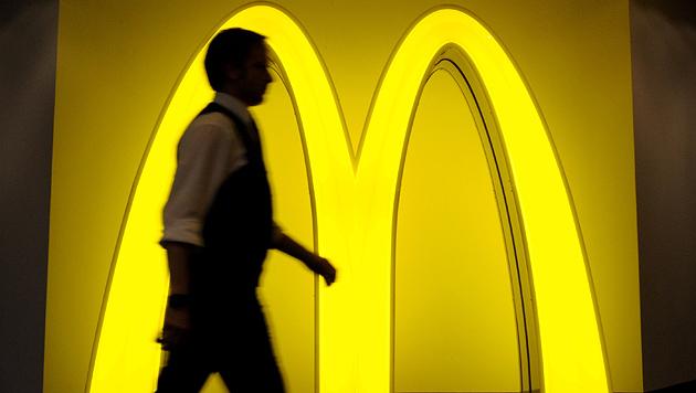 """McDonald""""s weitet Zustellservice in Wien aus (Bild: dpa/Angelika Warmuth)"""