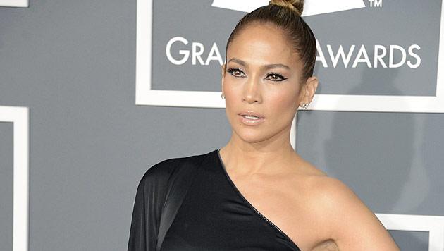 Jennifer Lopez zeigt ihren trainierten Bikini-Body (Bild: EPA)