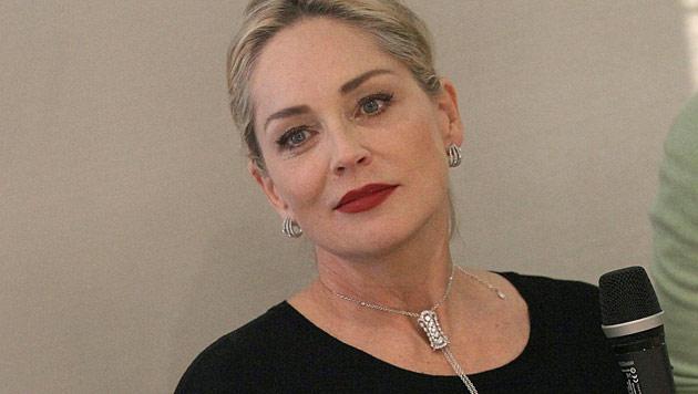 Sharon Stone posiert völlig nackt - mit 57 Jahren! (Bild: EPA)