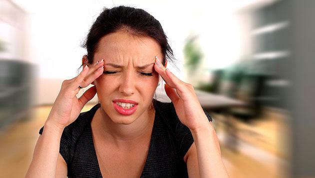 Immer mehr Jugendliche von Kopfschmerz geplagt (Bild: thinkstockphotos.de)