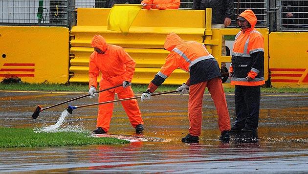 Qualifying wegen heftigen Regens abgebrochen (Bild: EPA)