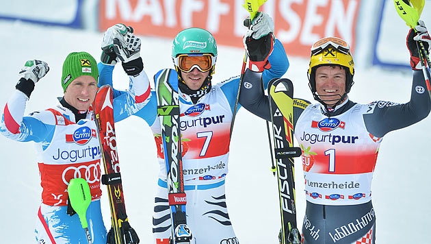 Neureuther gewinnt letzten Slalom der Saison vor Hirscher (Bild: APA/BARBARA GINDL)