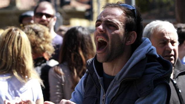 """Faymann: """"EU muss die kleinen Leute verschonen"""" (Bild: AP)"""
