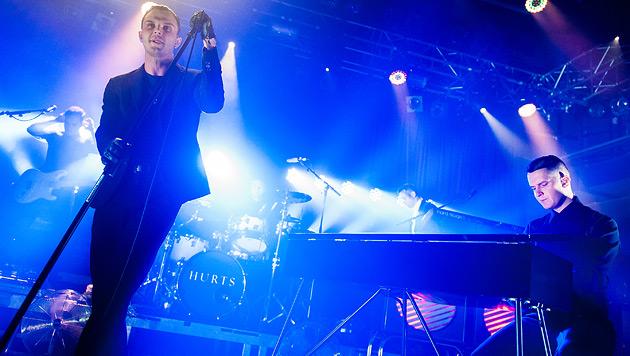 Synthie-Popper Hurts wurden in der Arena bejubelt (Bild: Andreas Graf)