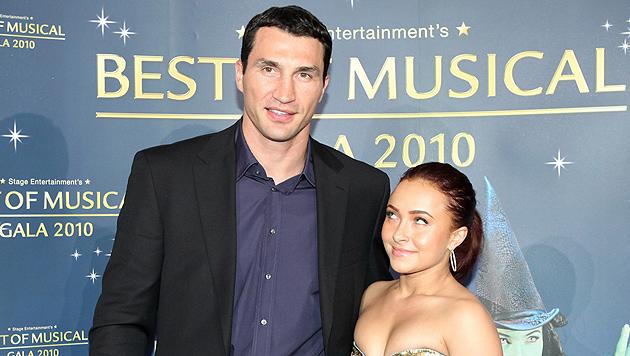 Klitschko und Panettiere sollen sich verlobt haben (Bild: EPA)
