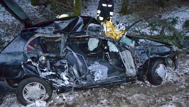 Pkw-Unfall im Innviertel: Zwei Frauen verletzt (Bild: APA/BFKDO SCHÄRDING)