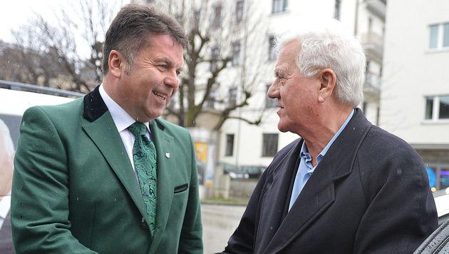 Frank Stronach unterstützt Liste Mayr bei Tirol-Wahl (Bild: APA/BARBARA GINDL)