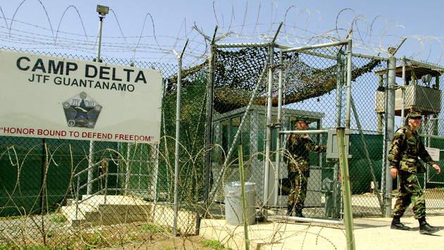 Vereinigte Arabische Emirate übernehmen Häftlinge (Bild: AP)