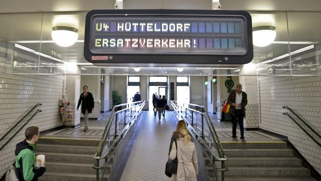 Linie U4 wird am Wochenende nur geteilt geführt (Bild: APA/HERBERT NEUBAUER)
