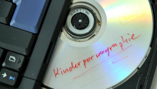Google und Microsoft sagen Kinderpornos Kampf an (Bild: dpa/Zucchi Uwe)
