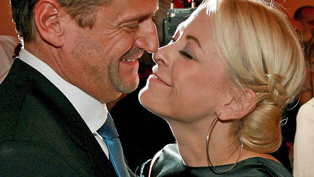 Jenny Elvers und ihr Ehemann angeblich getrennt (Bild: EPA)