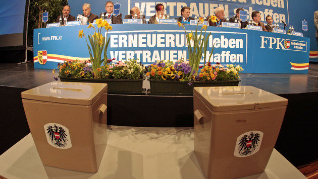 Christian Ragger zum Parteichef der FPK gewählt (Bild: APA/GERT EGGENBERGER)