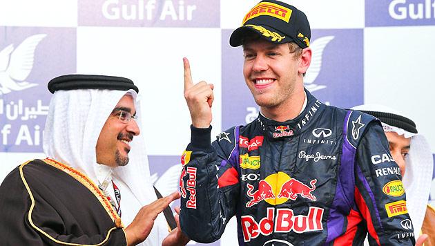 Vettel gewinnt vor Kimi Räikkönen und Romain Grosjean (Bild: EPA)