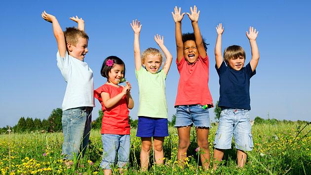 Wie Sie Ihrem Kind den Bezug zur Natur vermitteln (Bild: thinkstockphotos.de)