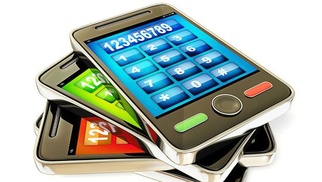 2013 über eine Milliarde Smartphones verkauft (Bild: thinkstockphotos.de)