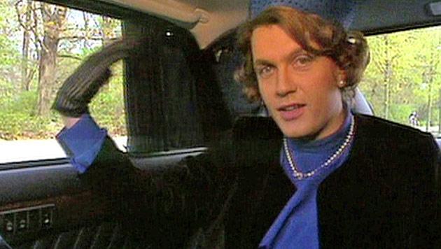 Hape Kerkeling verabschiedet Königin Beatrix (Bild: ORF)