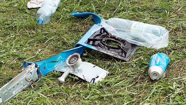 Explosion in Zelt: Verletzte auf dem Weg der Besserung (Bild: APA/WERNER KERSCHBAUMMAYR)