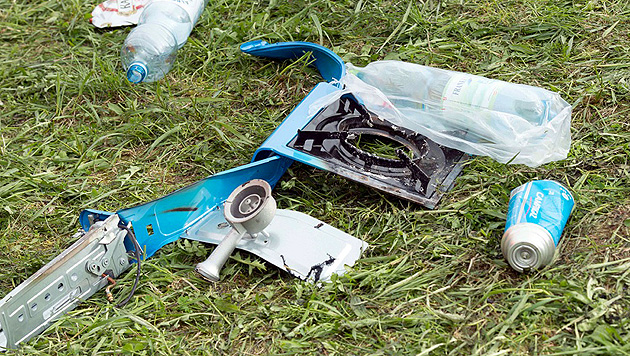 OÖ: Gaskartusche explodiert - vier Jugendliche verletzt (Bild: APA/WERNER KERSCHBAUMMAYR)