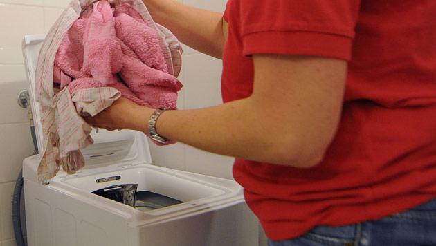 Millionengewinn gerade noch vor Wäsche gerettet (Bild: APA/BARBARA GINDL)